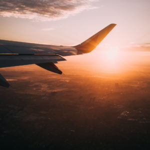 10 International Travel Essentials for Entrepreneurs